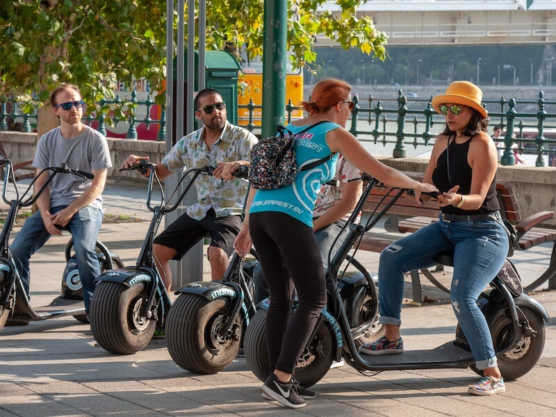 Guided tours for team building on electric scooter in Budapest