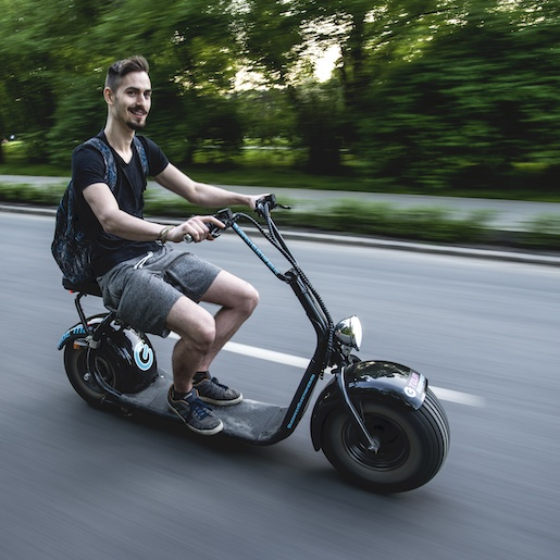 Monsteroller e-scooter ride in budapest
